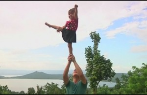 amazing toddler cheerleading stu